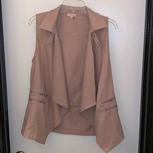 Pixley Dani Cream Vest In Size Large